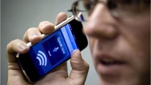 Голосовой поиск Google работает быстрее и при шуме